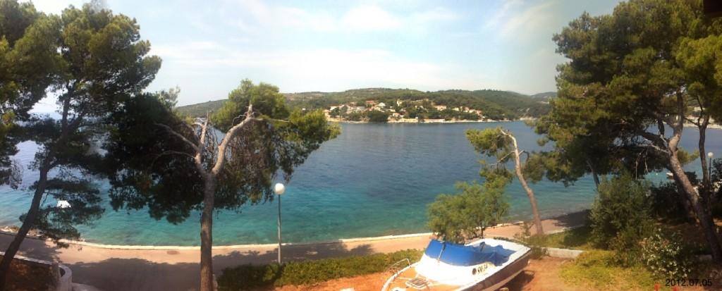 Skvělá iPhone aplikace umí takové hezké panorama :)
